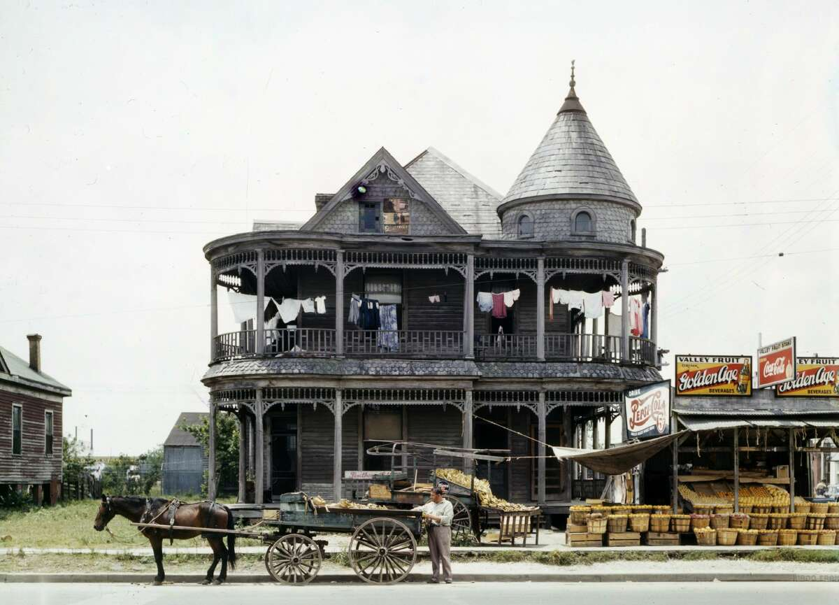 PHOTOS: A collection of firsts in the history of Houston Before Houston could become an important world powerhouse it had to learn to crawl. >>>See some of the most important firsts in the history of the Bayou City...