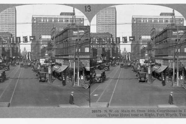 Main St., looking south from cor. of Franklin, Houston, Texas. (Bird's N.W. on Main St., from 10th, Courthouse in distance, Texas Hotel near at right, (Photo by Library of Congress/Corbis/VCG via Getty Images)