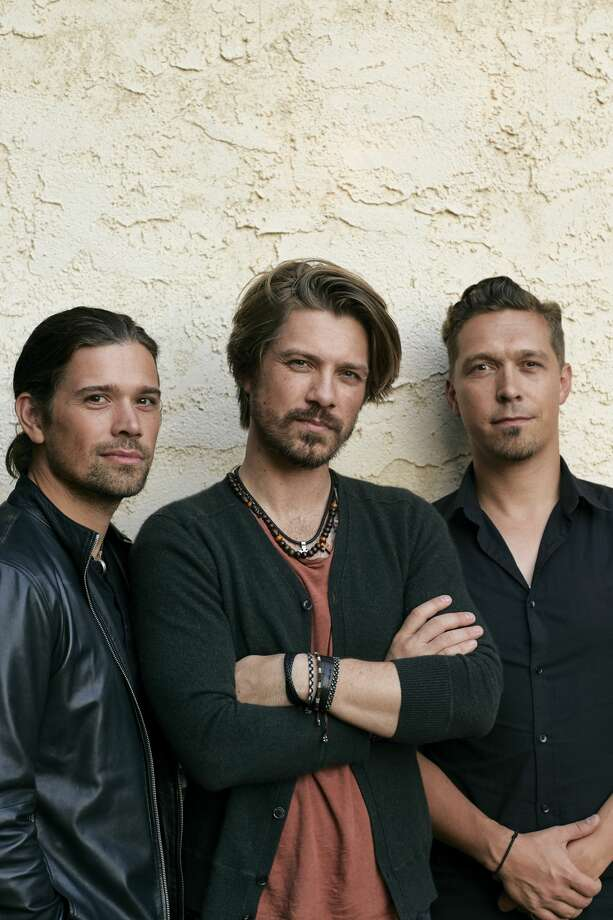 Hanson Sept. 14 at 8pm at Court of Honor Stage Photo: Jonathan Weinerwww.jweinerphoto, Big E