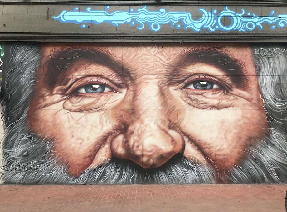 A mural depicting the late comedian and actor Robin Williams on Market Street in San Francisco on August 28, 2018. Photo: Alyssa Pereira/SFGATE