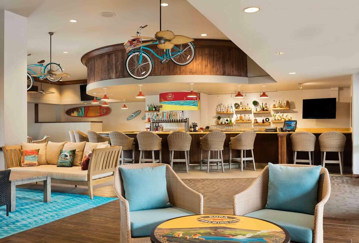 Kona Tap Room in Hilton Waikoloa Village carries a dozen of Kona Brewing Company�s draft beers, including limited-release brews.