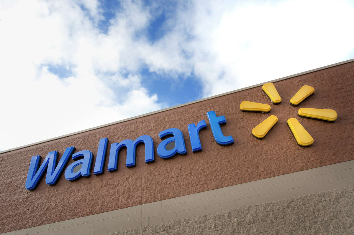 Walmart will stop selling e-cigarettes in its U.S. stores amid a national outbreak of vaping-related lung illnesses that have led to eight deaths.