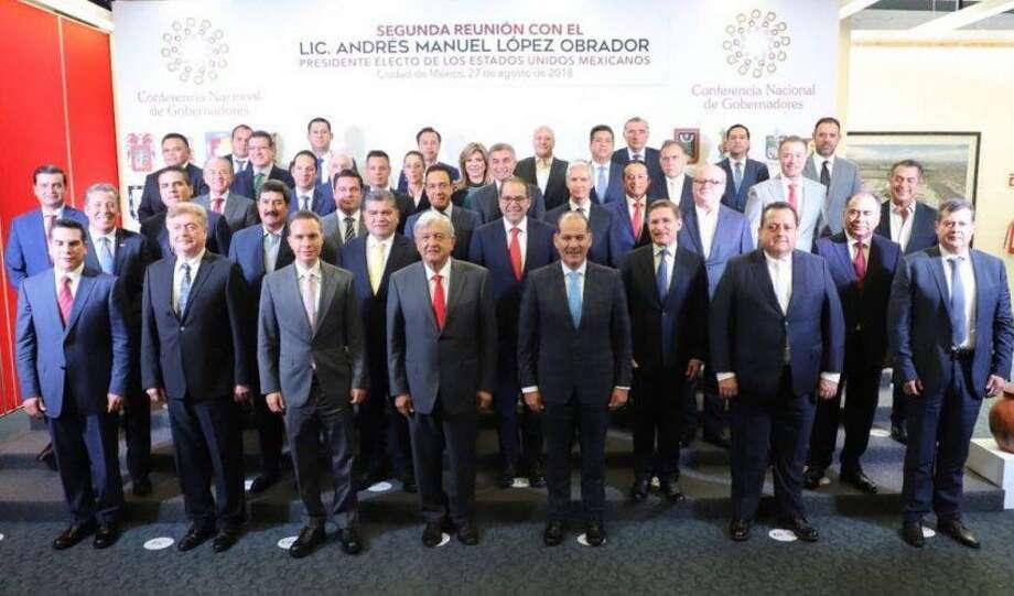 Andrés Manuel López Obrador participó en la reunión de la Conferencia Nacional de Gobernadores (CONAGO) junto con su gabinete propuesto y gobernadores electos de varios estados del país. Photo: Foto De Cortesía /Gobierno De Tamaulipas