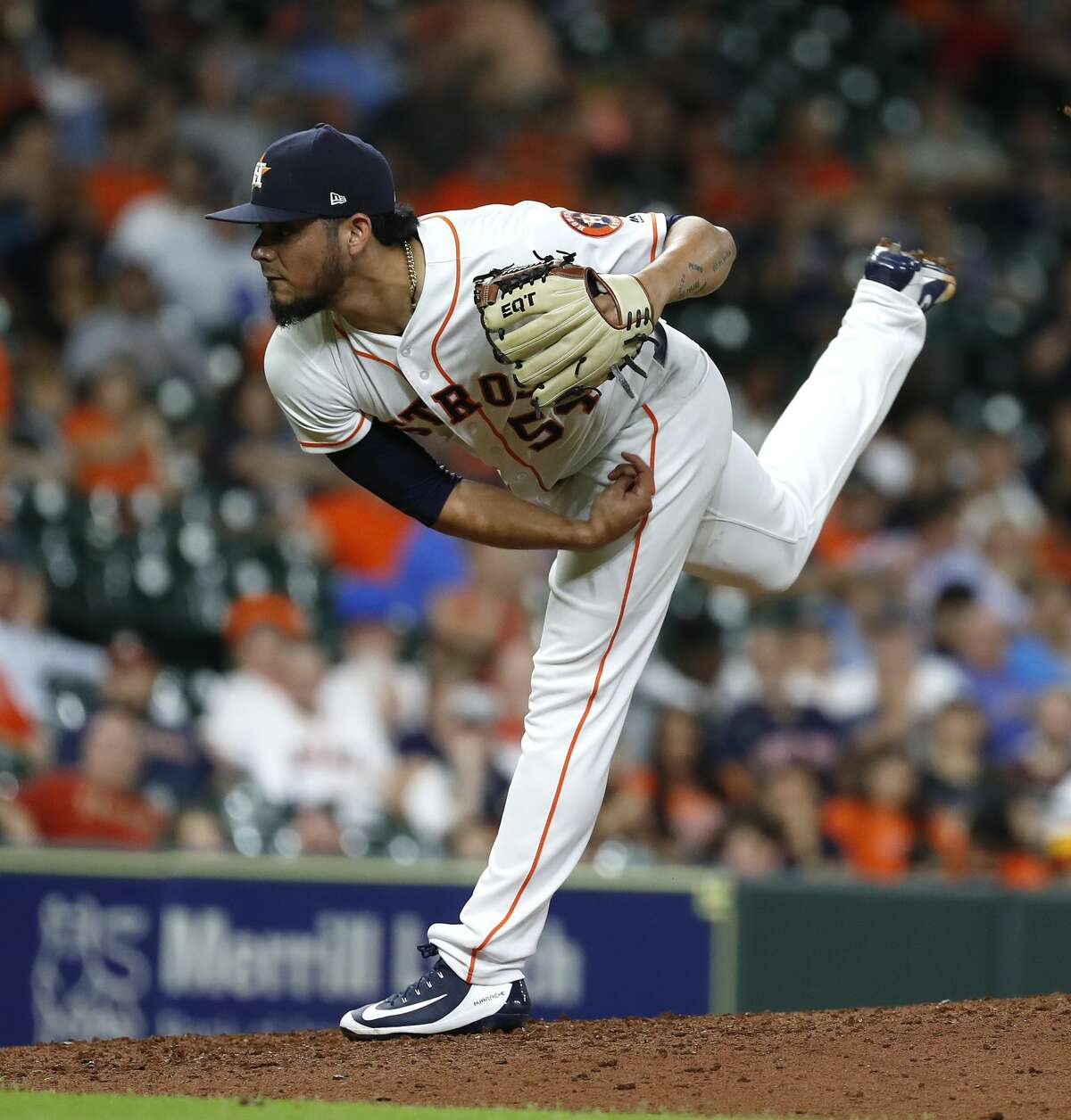Houston Astros relief pitcher Roberto Osuna (54) pitches during the ninth inning of an MLB baseball game at Minute Maid Park, Tuesday, August 28, 2018, in Houston.