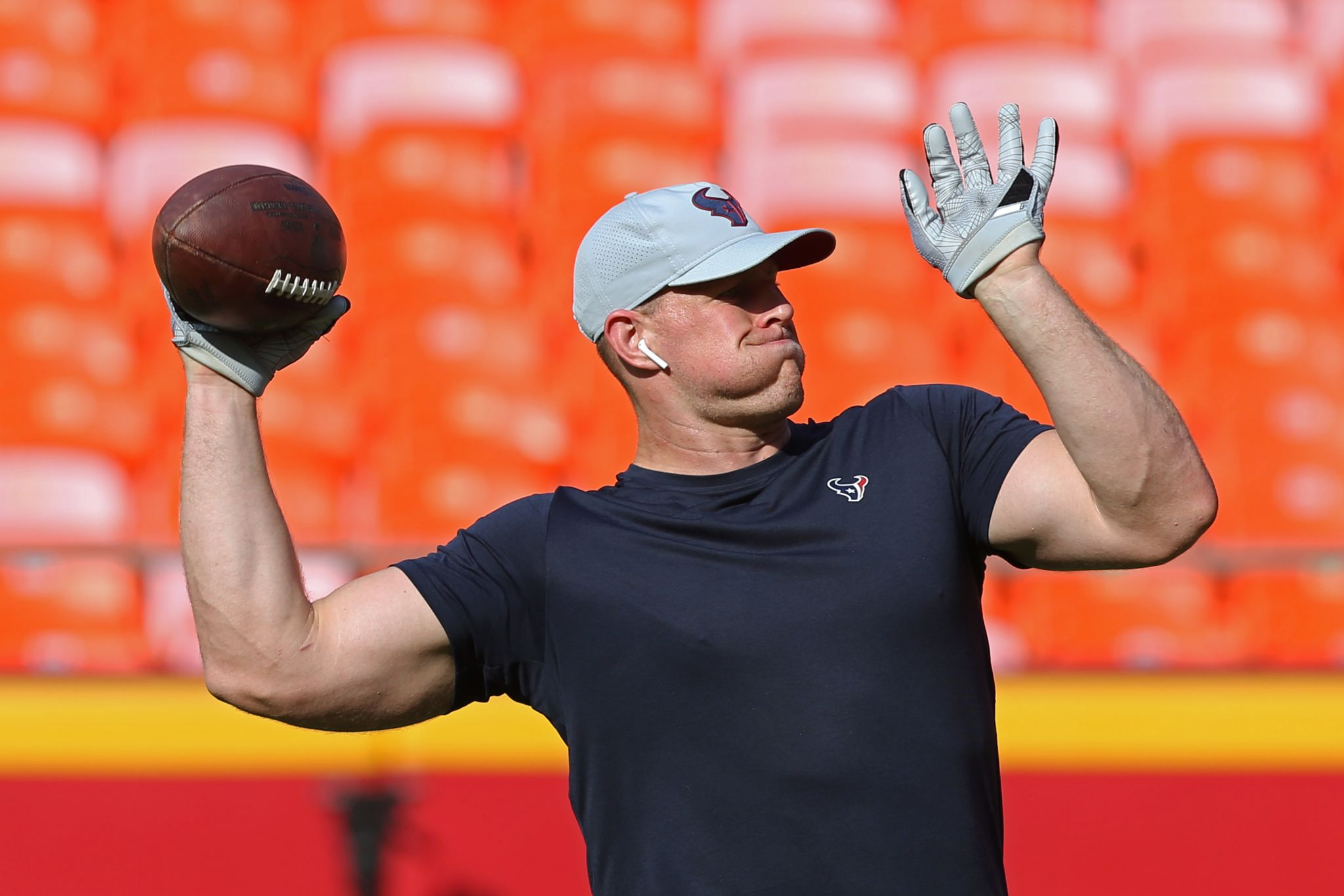 ad08d3a7412 Here s what NFL players  hats on the sidelines will look like this season -  Houston Chronicle