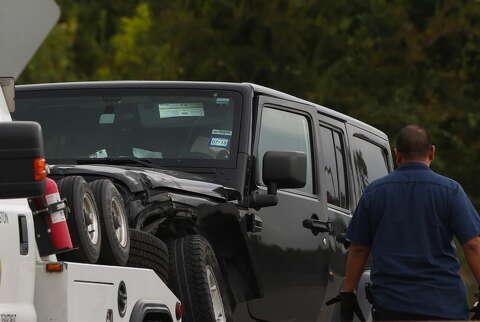Teenager dies in East Freeway crash near Pleasantville area