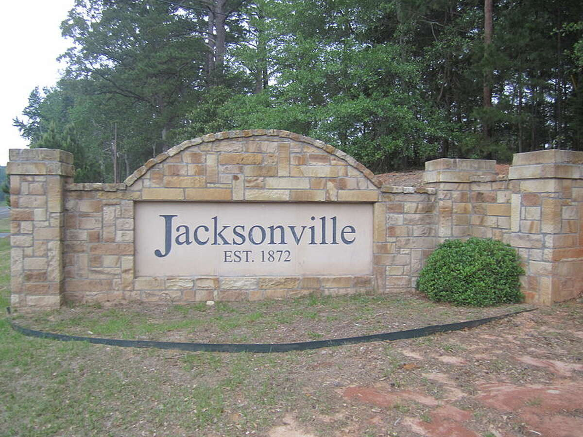Jacksonville Commute time:49.2 minutes Total days lost commuting:384