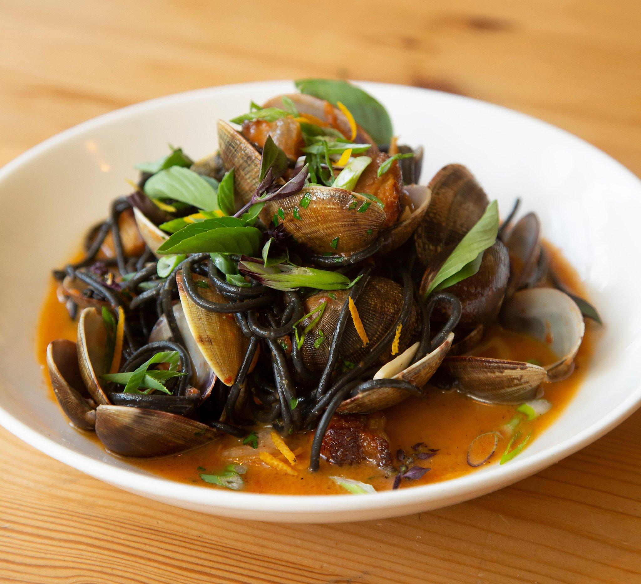 Super The 5 Greenest Restaurants In Monterey Sfchronicle Com Home Interior And Landscaping Ymoonbapapsignezvosmurscom