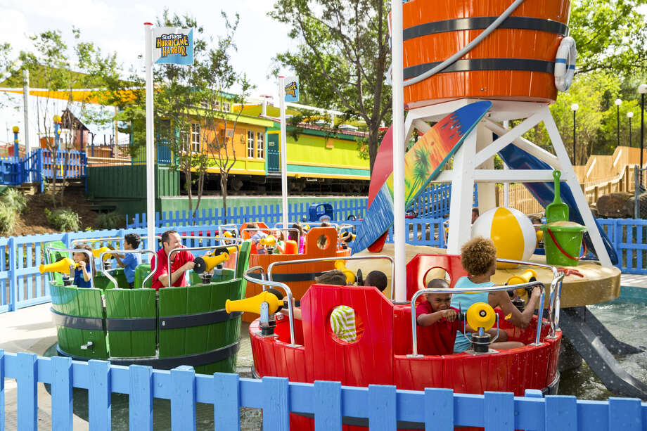 Bucket Blasters Is One Of The New Rides Great Escape Plans In Queensbury P O