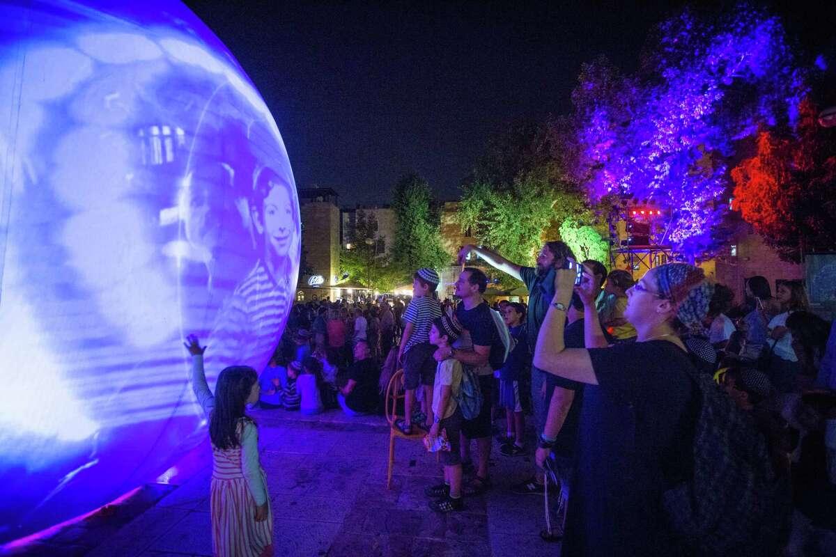 moonGARDEN When:Sept. 29 - Oct. 5 Where:Discovery Green Event description: