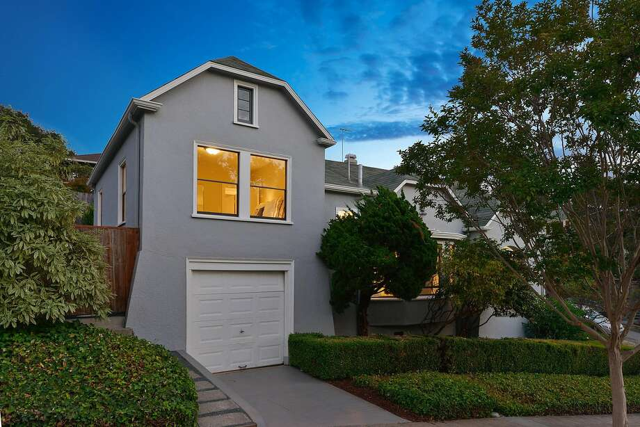 The home at 1000 Elsinore Ave. in Oakland's Glenview community is available for $799,000. Photo: Open Homes Photography