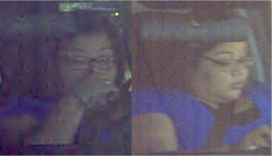 La policía está solicitando la ayuda de la comunidad para localizar a esta mujer ligada a un caso de robo de vehículo. Photo: Foto De Cortesía