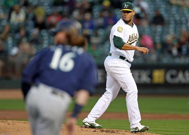 An off night for A's, Chapman in 7-1 loss to Mariners