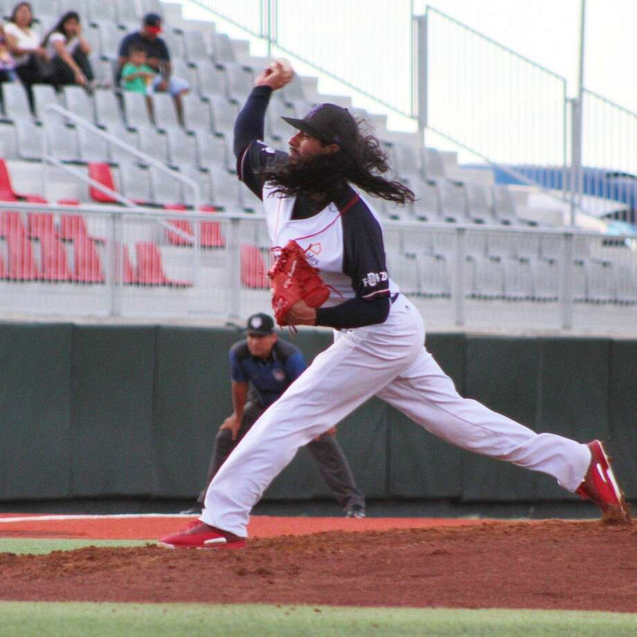 Terance Marin threw seven scoreless innings leading the Tecolotes Dos Laredos to a 3-0 win over the Rieleros de Aguascalientes, shutting the team out one night after they lost 1-0. Photo: Courtesy Of The Tecolotes Dos Laredos