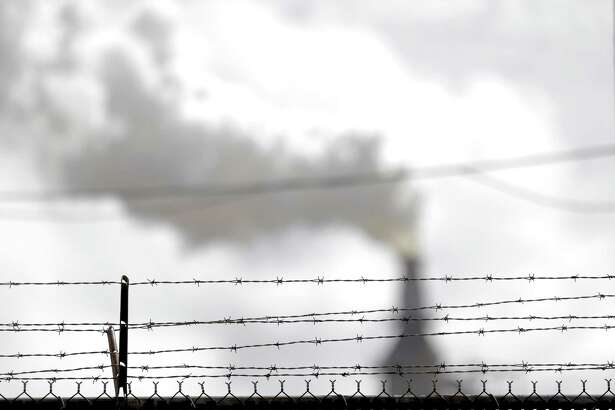 Valero Houston Refinery has also been cited for a huge release of air pollution from storage tanks that failed during Harvey. ( Elizabeth Conley / Houston Chronicle )