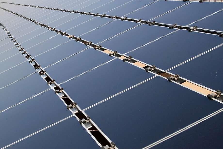 Total energy efficient jobs in Connecticut: 34,743.  Source: e2.org  Photo: Susan Montoya Bryan, Associated Press