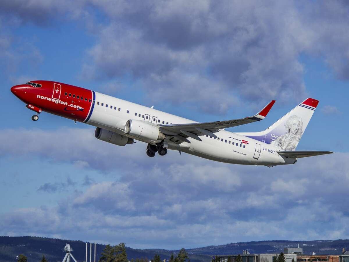Norwegian Air Boeing 737-800