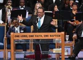 Sociology professor Michael Eric Dyson speaks at Aretha Franklin's funeral at Greater Grace Temple on August 31, 2018 in Detroit, Michigan. (Photo by Angela Weiss / AFP)        (Photo credit should read ANGELA WEISS/AFP/Getty Images)