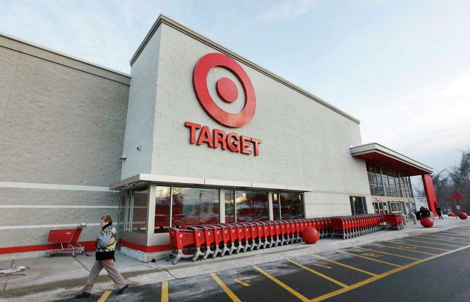 Keep clicking for stores that have opened or closed and other retail news of the Capital Region.    