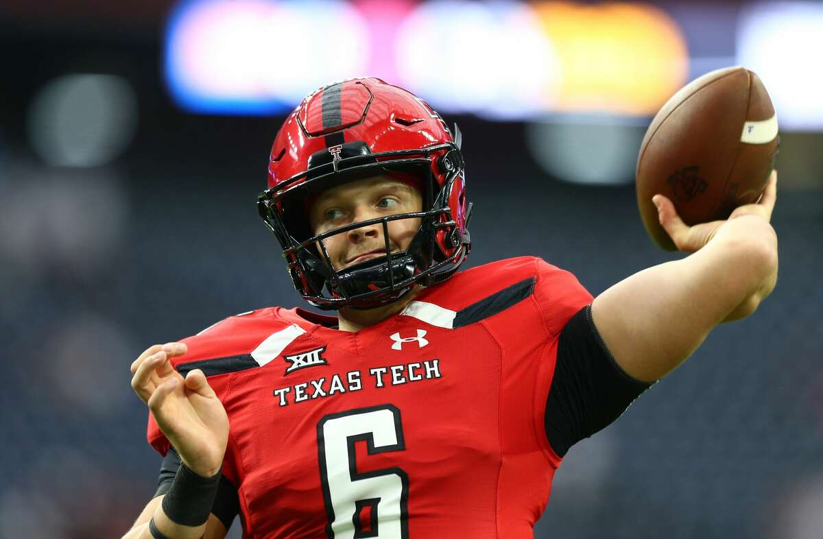 Texas Tech Red Raiders quarterback McLane Carter (6) throws the ball before the NCAA game against the Mississippi Rebels at NRG Stadium Saturday, Sept. 1, 2018, in Houston.