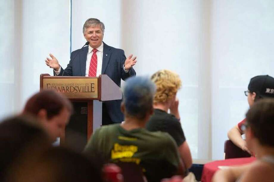 SIUE Chancellor Randy Pembrook greeted and affirmed LGBTQIA students, faculty, staff and allies during their annual reception. Photo: SIUE Photo