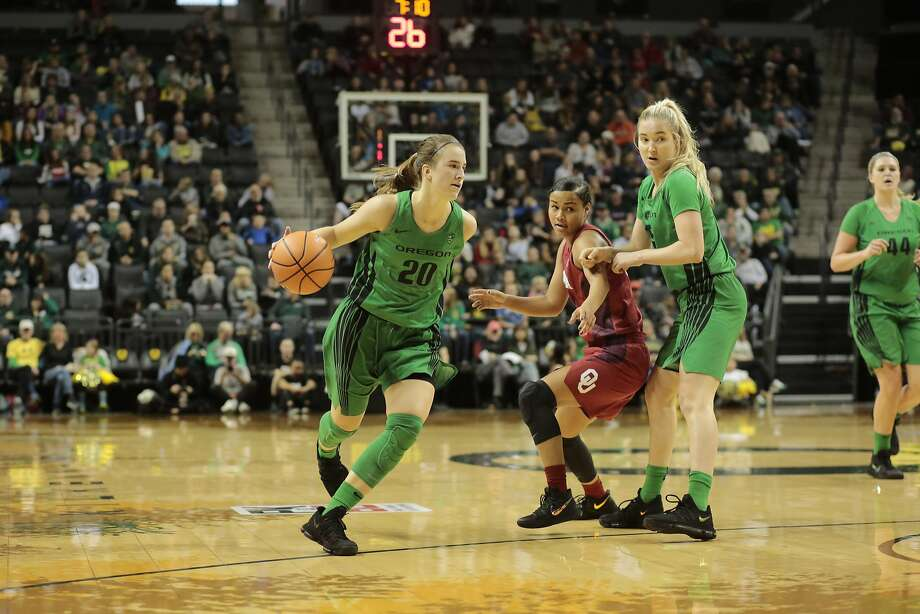 Oregon's Sabrina Ionescu (20) in an NCAA college basketball game during the Phil Knight Invitational tournament in Eugene, Ore., Saturday, Nov. 25, 2017. (AP Photo/Timothy J. Gonzalez) Photo: Timothy J. Gonzelez / AP