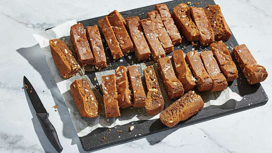 Salted Honey Bars With Thyme Photo: Tom McCorkle / For The Washington Post / For The Washington Post