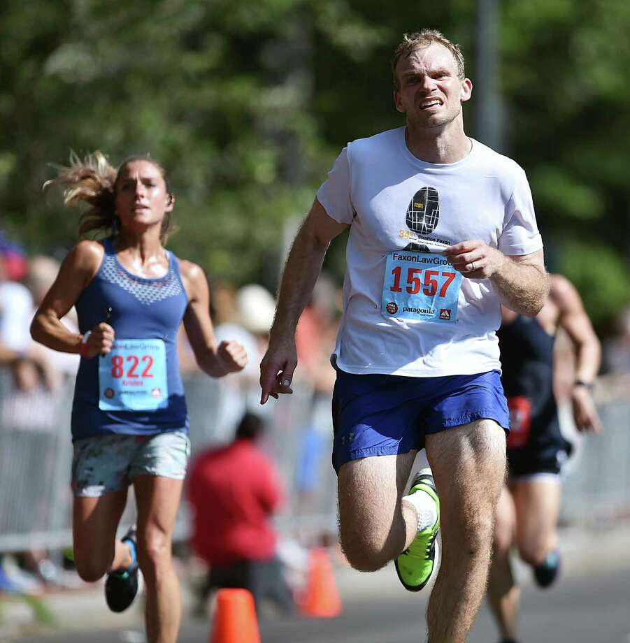 Images of the Faxon Law New Haven Road Race Monday, September 1, 2018 in New Haven. Photo: Catherine Avalone, Hearst Connecticut Media / New Haven Register