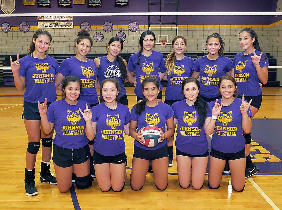 LBJ is 17-5 heading into its last tune-up game before it hosts Alexander at 7 p.m. Friday to open district play. Photo: Cuate Santos / Laredo Morning Times / Laredo Morning Times