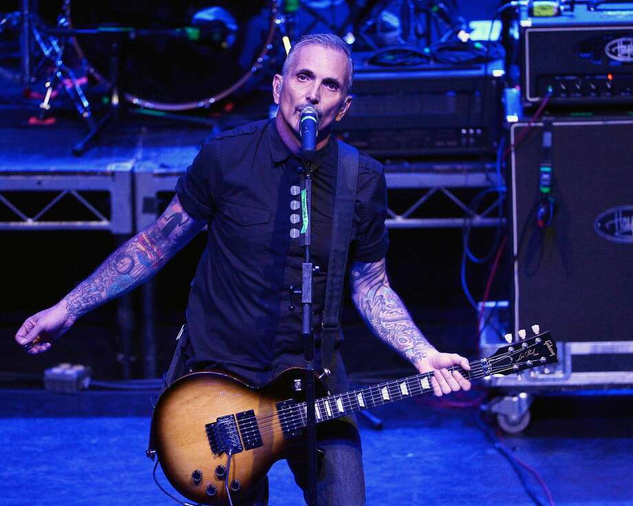 Art Alexakis of Everclear live onstage in 2016. The band is playing the Houston Zoo's Feast with the Beasts event on Nov. 2. Photo: Michael S. Schwartz/Getty Images