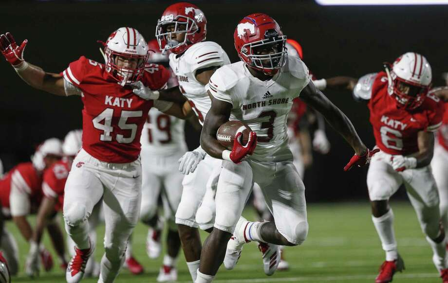 PHOTOS: A look at two Katy-North Shore games last season Zachary Evans showed early this season he was ahead of the rest as he runs against Katy in the opener. Photo: Tim Warner/Contributor, Contributor / Contributor / ©Houston Chronicle