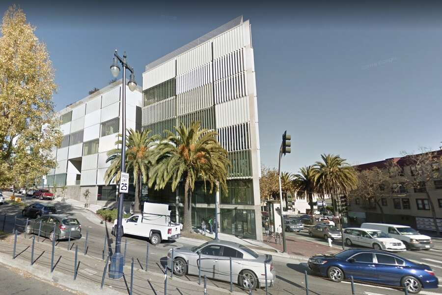 This residential block designed by Stanley Saitowitz stands at the beginning of Octavia Boulevard. Photo: Google Maps Screen Grab