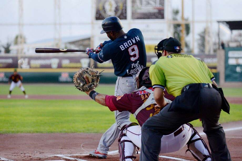 Domonic Brown was 2-for-4 with three runs, two RBIs and his 10th home run of the season leading the Tecolotes Dos Laredos to a 13-9 victory at first-place Acereros de Monclova Tuesday night to begin their final series of the regular season. Photo: Courtesy Of The Tecolotes Dos Laredos, File