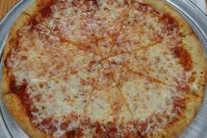 Brother's Pizzeria    Yelp rating:  4.5 stars   Where:  1029 Hwy 6 N, Ste 100    Photo:  J C./Yelp
