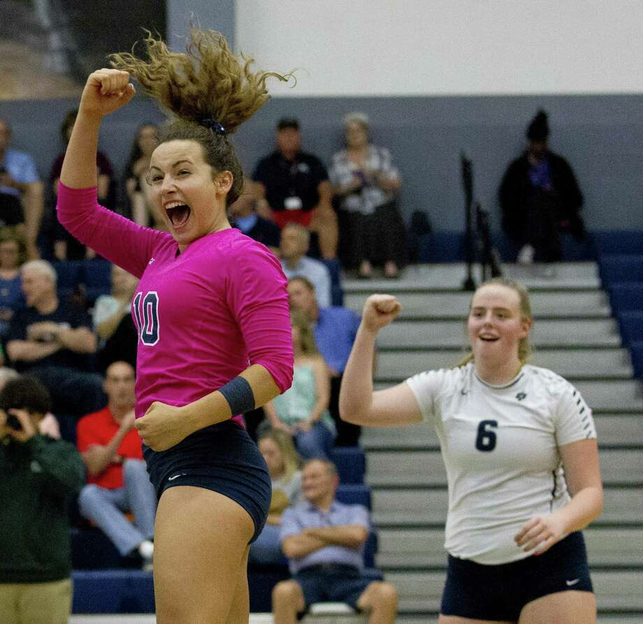 College Park's Jill Bohnet (10) reacts after a point in front of Annie Cooke (6) during a District 15-6A high school volleyball match at College Park High School on Tuesday, Sept. 4, 2018, in The Woodlands. Photo: Jason Fochtman, Houston Chronicle / Staff Photographer / © 2018 Houston Chronicle