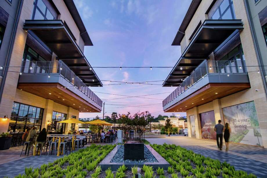 Memorial Green, a mixed-use development of Houston-based Midway, opened at 12525 Memorial Drive in October 2017. The project, on nearly 14 acres, contains single-family homes in addition to lifestyle retail and services, dining and boutique office space. Photo: Midway, Photographer / copyright 2014 Shannon O'Hara