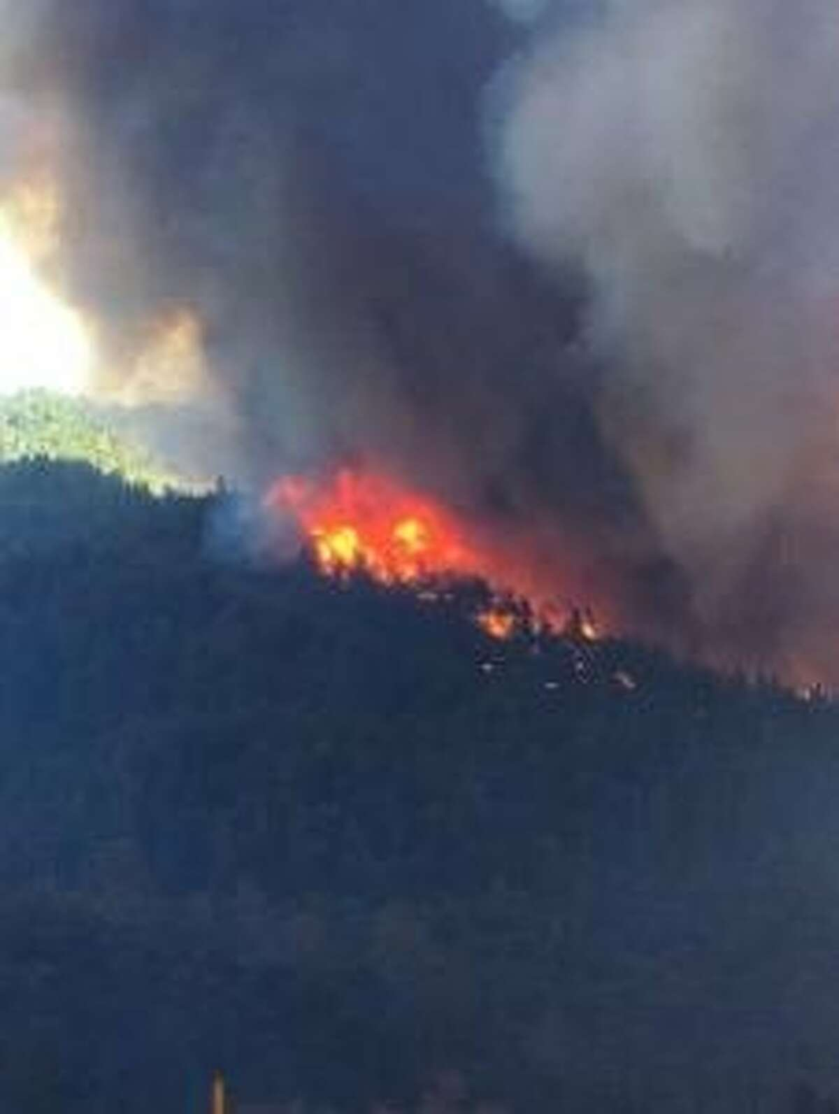 The Delta Fire, which started burning just before 1 p.m. Wednesday near Interstate 5 near theVollmersExit just north of Lakehead, reached 2,000 acres just after 7 p.m., according to Shasta-Trinity National Forest officials.