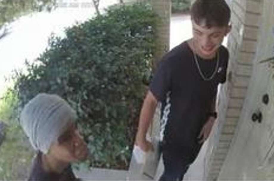 The two suspects held the victim at gunpoint on Aug. 14 at a home in the 1200 block of Hunt Crossing and stole his cellphone and some money. Photo: Crime Stoppers