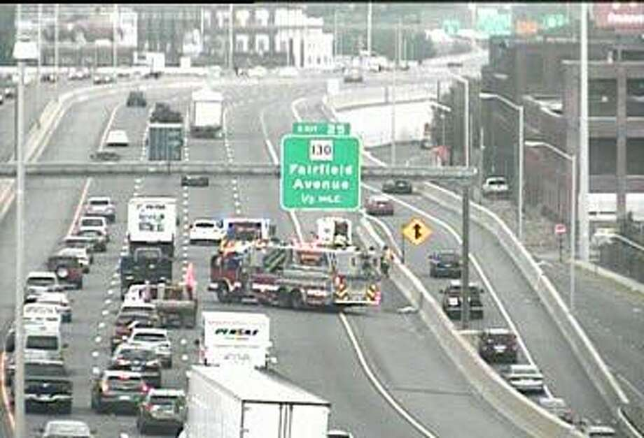 A one-vehicle accident has closed two right, southbound lanes between Exits 26 and 25 in Bridgeport on Thursday, Sept. 6, 2018. Photo: /