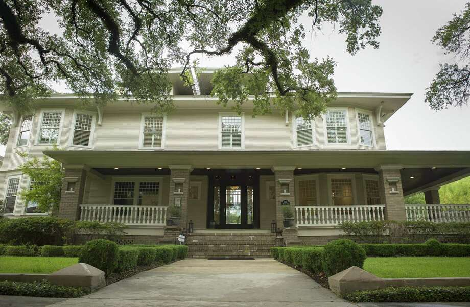 Civic leader, historic preservationist and real estate execetive Bill Baldwin is selling his house on Bayland Avenue in the Heights, Wednesday, Sept. 5, 2018 in Houston. This is the second renovation by Baldwin of the home built in 1910 after originally converting it back to a house after it served as a nursing home for seventy years. Photo: Mark Mulligan, Houston Chronicle / Staff Photographer / © 2018 Mark Mulligan / Houston Chronicle