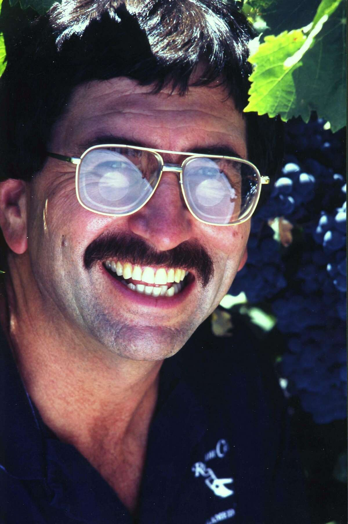 Kent Rosenblum of Rosenblum Cellars winery. HOUCHRON CAPTION (02/26/2003): Rosenblum. WINE.