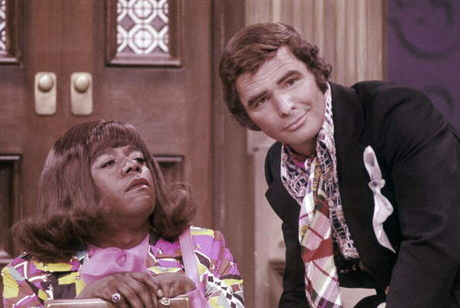 THE FLIP WILSON SHOW— Episode 3.7 — Aired 11/8/72 — Pictured: (l-r) Flip Wilson as Geraldine, Burt Reynolds as Himself (Photo by NBC/NBCU Photo Bank via Getty Images)