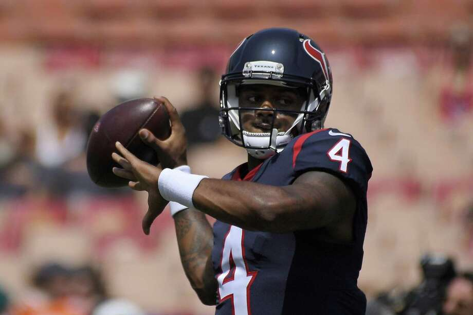 Deshaun Watson passes prior to a preseason game against the Los Angeles Rams. Photo: Mark J. Terrill, STF / Associated Press / Copyright 2018 The Associated Press. All rights reserved.