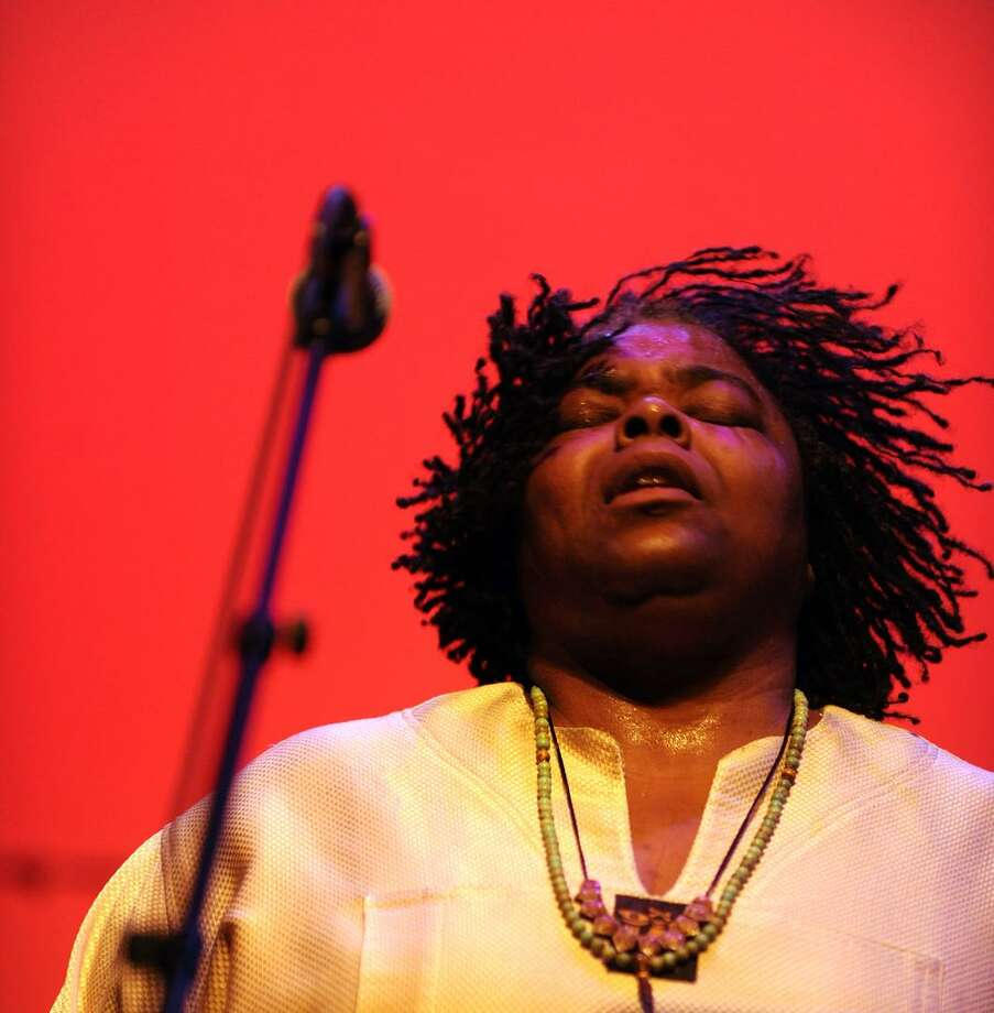 New York blueswoman Alexis P. Suter and The Ministers of Sound will perform in a matinee at the Bijou Theatre in Bridgeport. Photo: Contributed / Laura Carbone