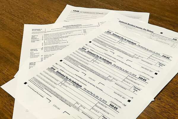 California has not yet updated its tax law to confirm with new federal rules, which may mean a headache come April.