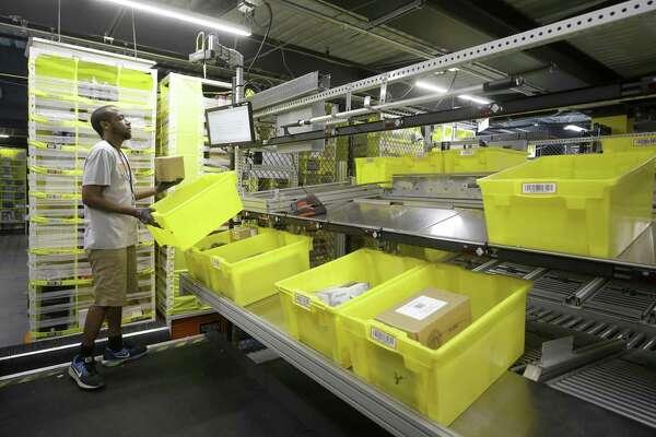Amazon showcases new fulfillment center in Houston