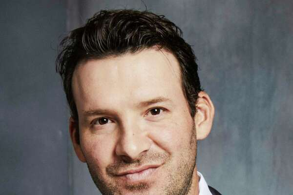 Tony Romo Lead Analyst NFL on CBS Photo Cr.: David Needleman/CBS ©CBS Bruadcasting Inc. All Rights Reserved.