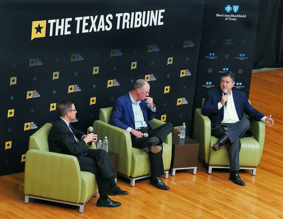 Texas Tribune co-founder and CEO Evan Smith, seated at left, moderated a conversation with South Texas legislators state Rep. Tracy King,D-Batesville, and state Rep. Richard Peña Raymond, D-Laredo, Thursday, September 6, 2018 at the Kazen Student Center at the Fort McIntosh Campus. Photo: Cuate Santos /Laredo Morning Times / Laredo Morning Times