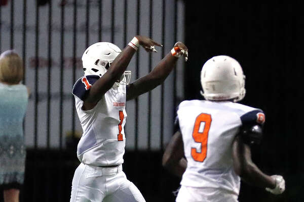 George Bush Jamal Morris (1) celebrates his touchdown during the first half of a high school football game between Fort Bend Bush and Langham Creek, Thursday, September 6, 2018, at Cy-Fair FCU Stadium.