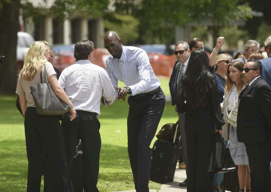 Former NBA player Kevin Garnett shakes hands with people after leaving the U.S. Federal Courthouse in San Antonio in this June 2017 photo. Photo: Billy Calzada /Staff File Photo / San Antonio Express-News